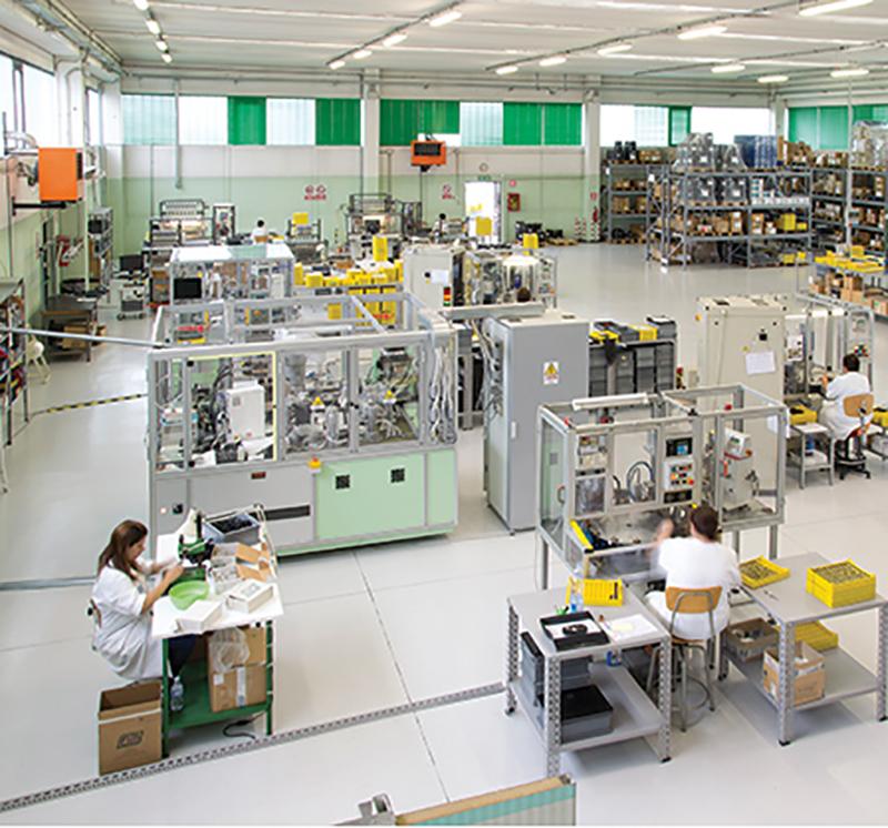 Le valvole a Solenoide FIM sono prodotte all'interno della nostra azienda a Lodi Vecchio in Lombardia ed esportate in tutto il mondo. Qualità made in Italy esportata in tutto il mondo. Elettrovalvole prodotte all'interno della nostra struttura con macchinari tecnologici e professionisti competenti.