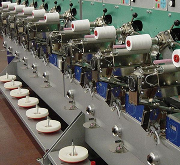elettrovalvole FIM permettono il funzionamento ottimale di telai circolari per maglieria, per calze, bobinatrici, roccatrici, annodatori, machine per ricamo tendaggi e tappeti ed ogni altro tipo di macchinari tessili